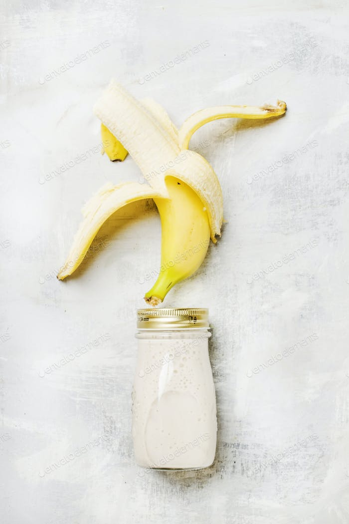 Banana smoothies in a bottle
