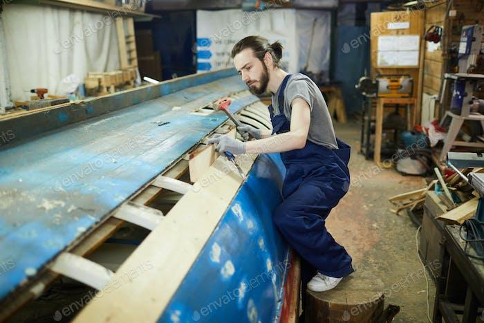 Repairing vessel