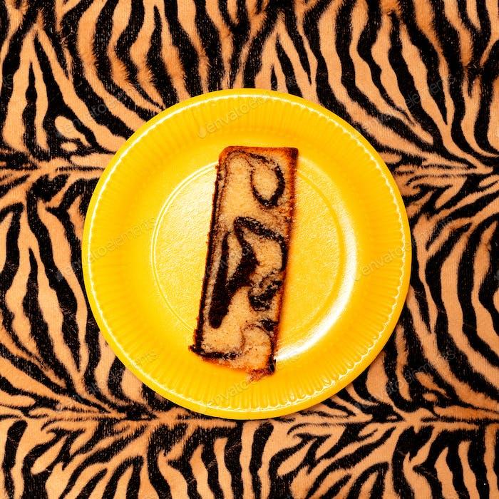 Cake minimal art design
