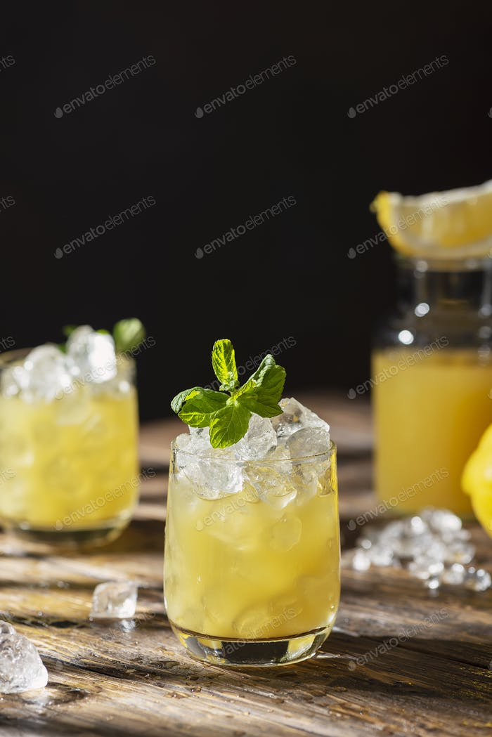 Sommer-kalter Cocktail