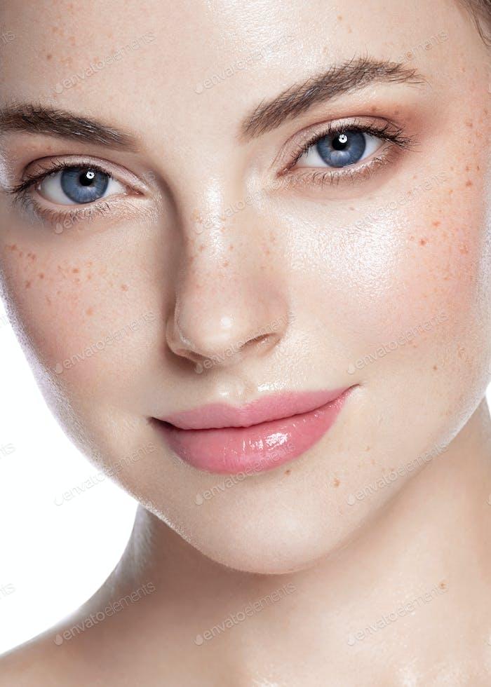 Woman Face Close Up Beautiful Eyea healthy skin