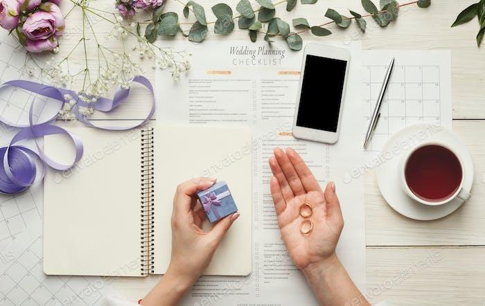 Bridal background with planner checklist