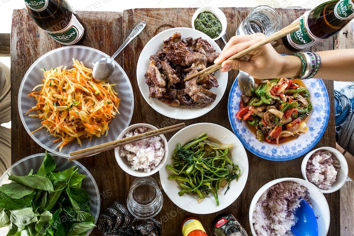 Feasting on fresh and healthy Vietnamese countryside food