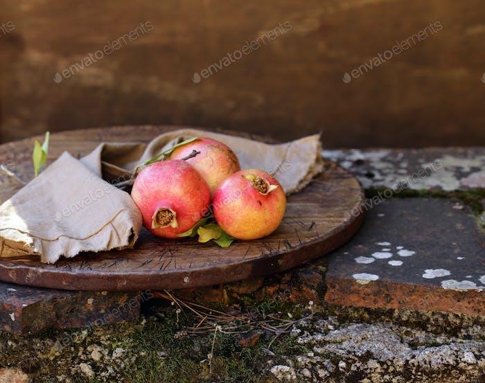 Organic Natural Fruit Pomegranates