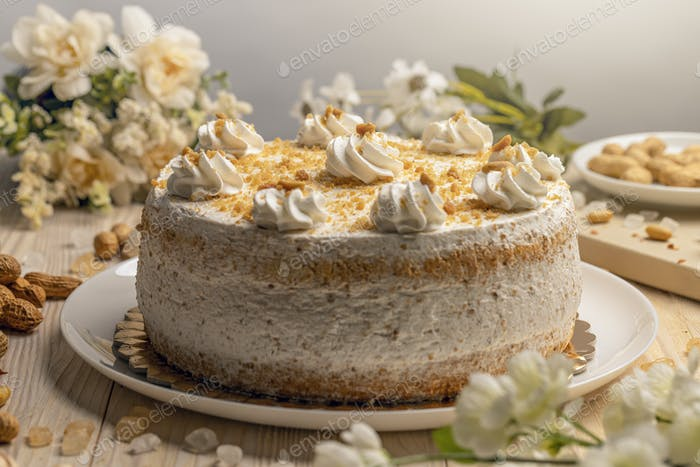 Cake with nut