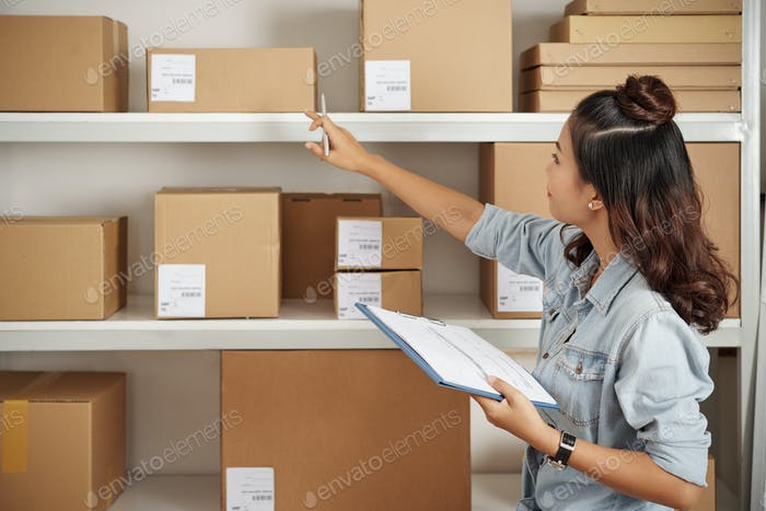 Checking parcels on shelves