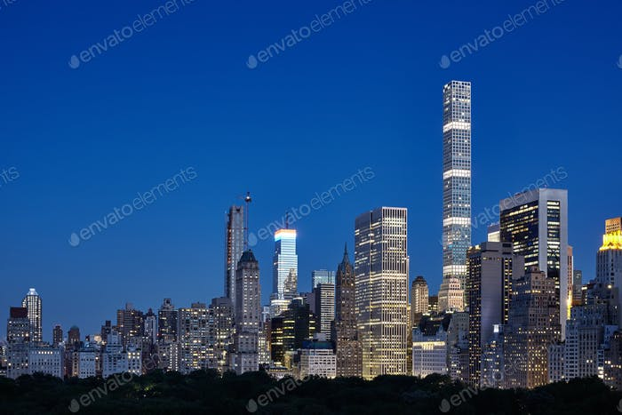Manhattan seen over Central Park at nightfall, New York.