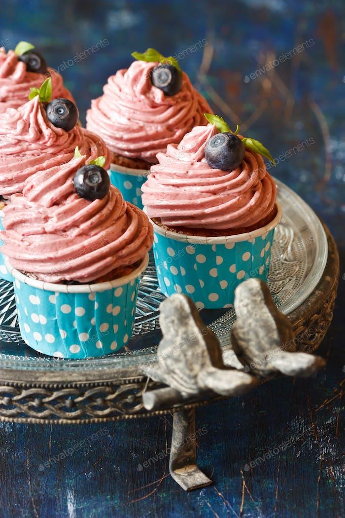 Cupcake.
