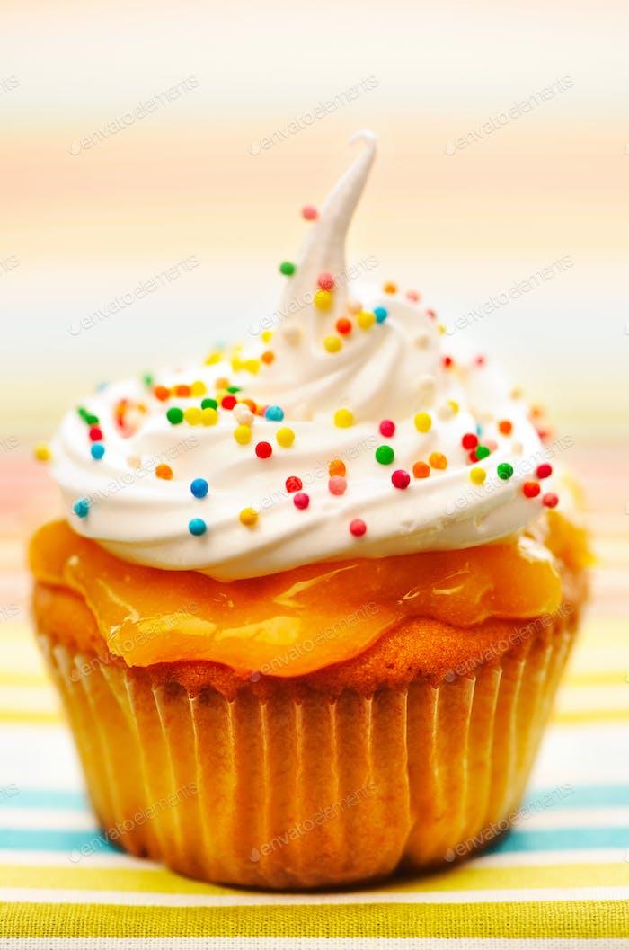 Cupcake con crema batida