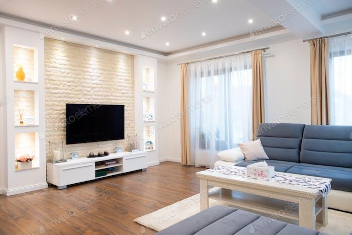 Interieur eines reichen Hauses gemütliches Wohnzimmer.