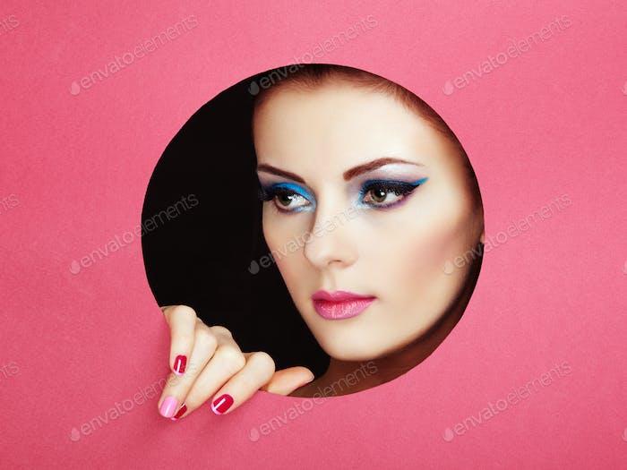 Konzeptionelle Schönheit Porträt der schönen jungen Frau