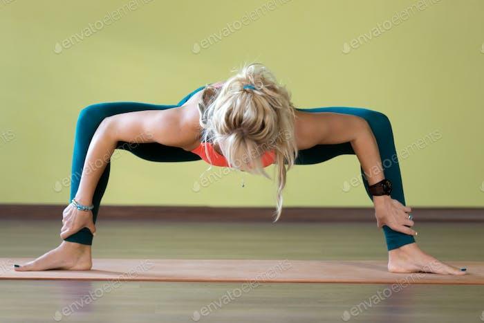 Yoga-Göttin Pose