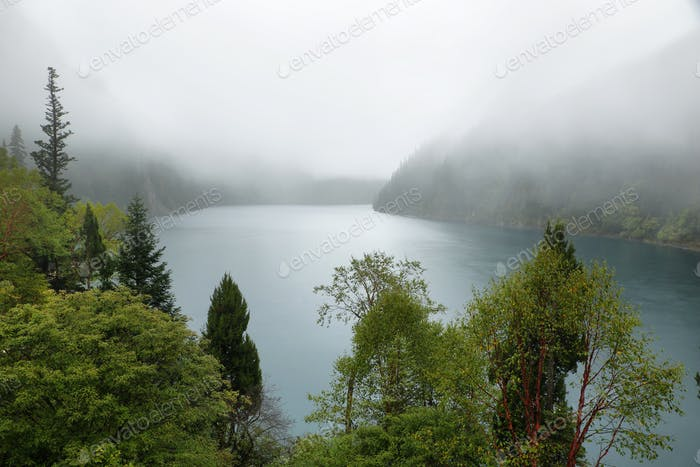 Long lake i in Jiuzhaigou, China, Asia