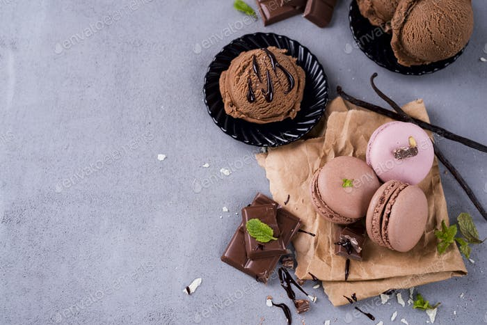 Chocolate macaroons with ice cream