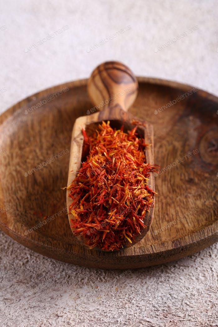 Orange Gewürz Safran