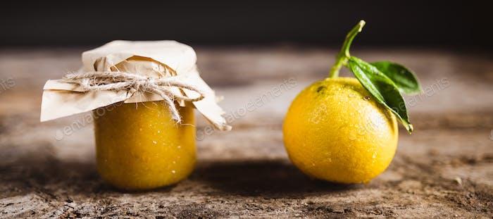 Bergamot fruit jam