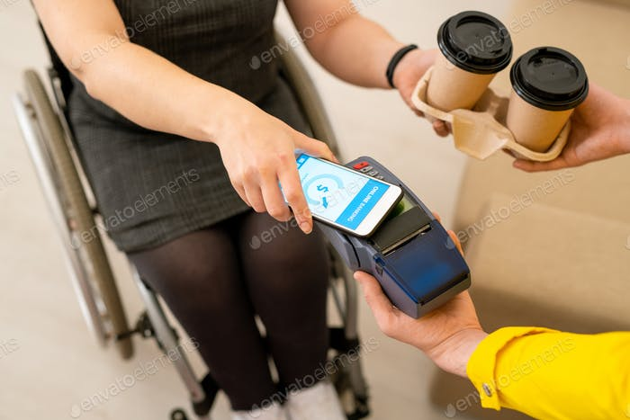 Paying for coffee with smartphone