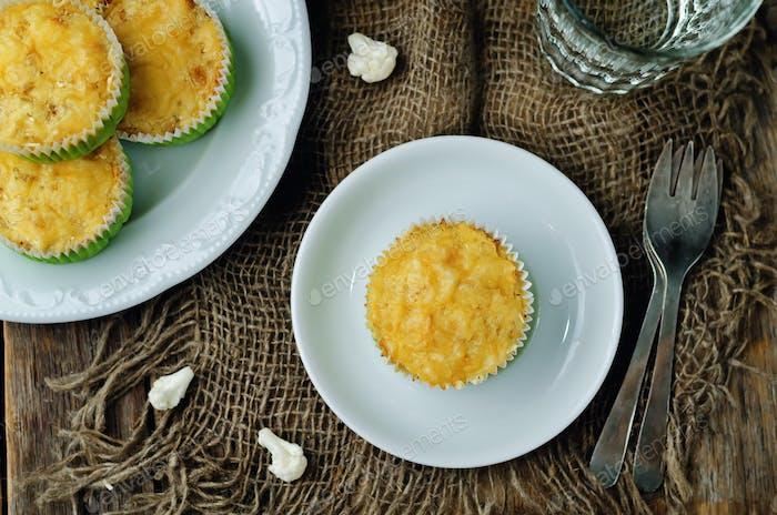 Cheesy cauliflower muffins