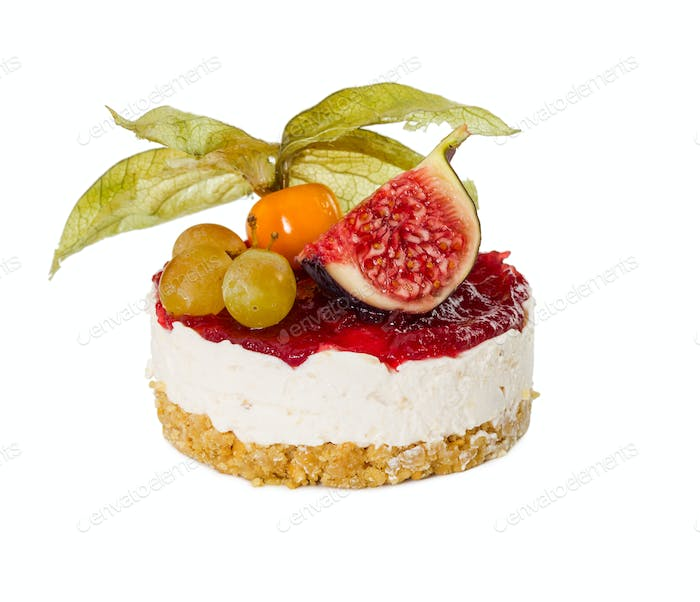 Cheesecake with figs, grapes and physalis