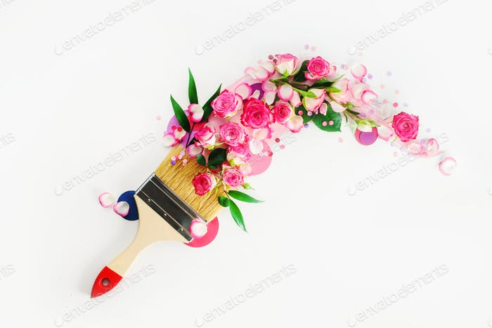 Header with flower arrangement following a trace of a brush. Springtime and home decoration