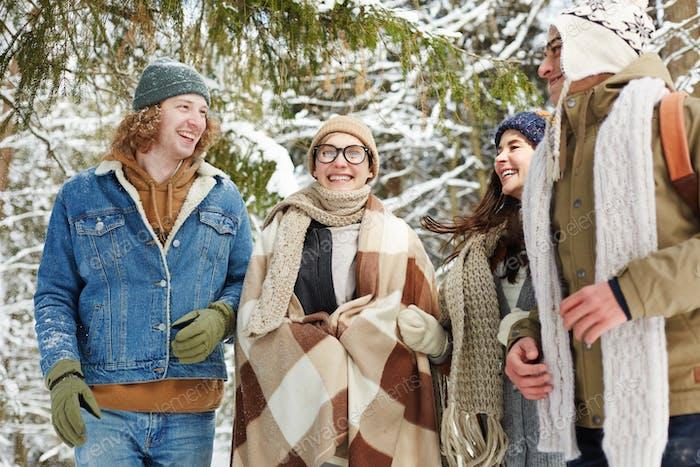 La Risa de los Gente en invierno Bosque