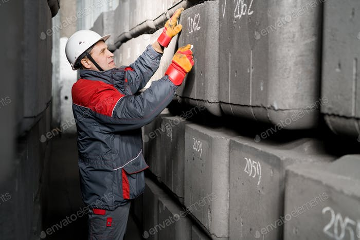 Worker Marking Blocks