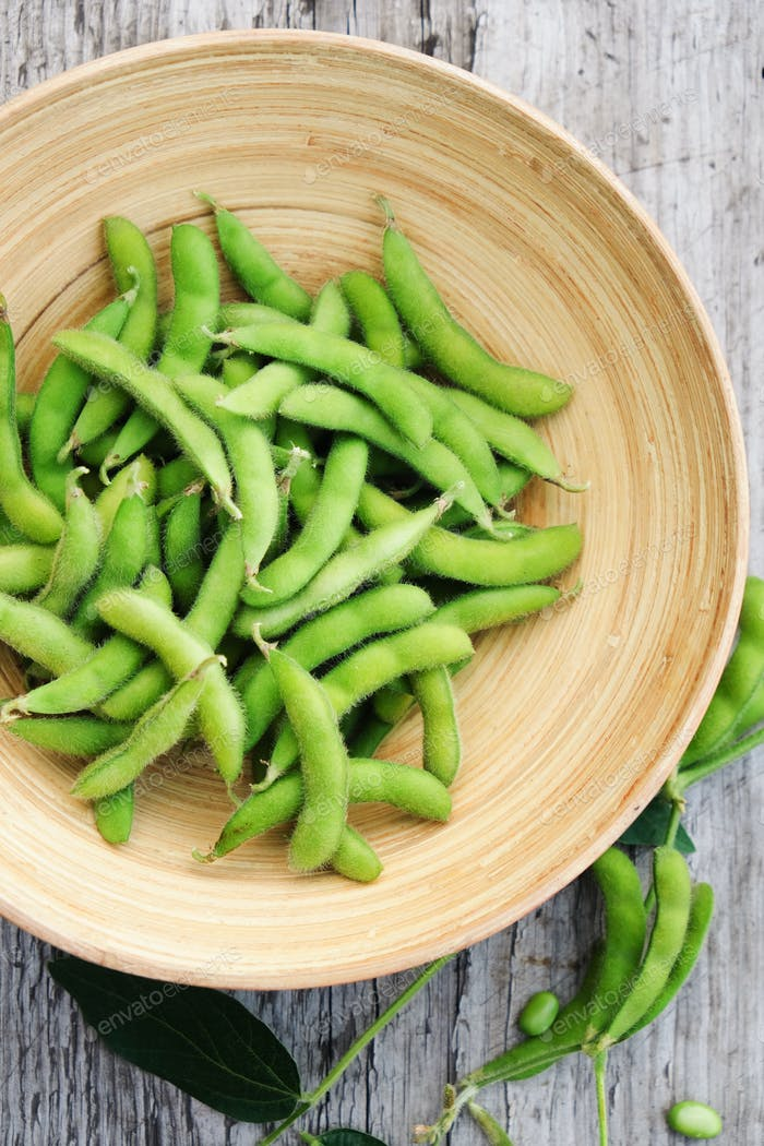 Organic green soybeans
