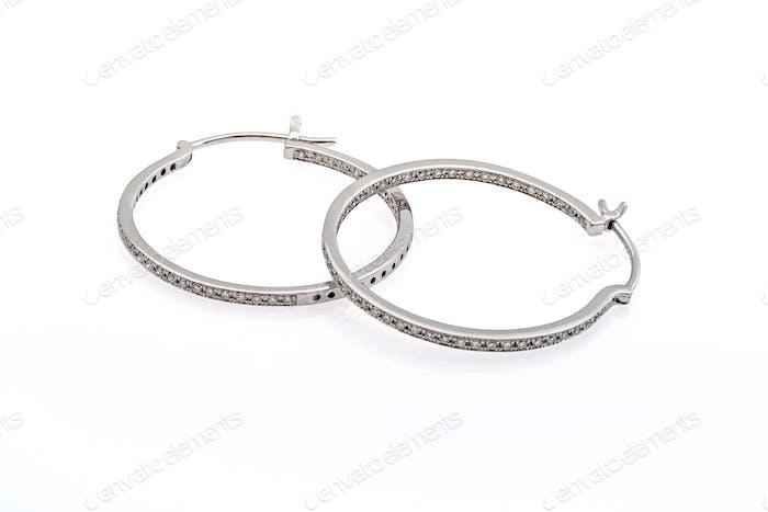 Ohrringe aus Silber mit Kristallen
