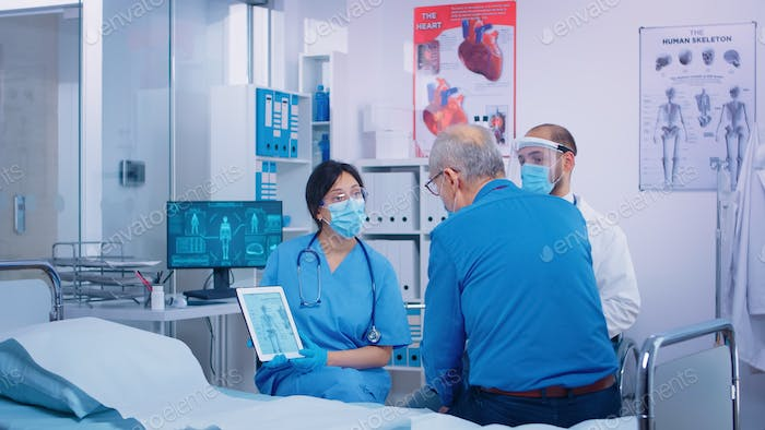 Patient with osteoporosis getting medical consultation