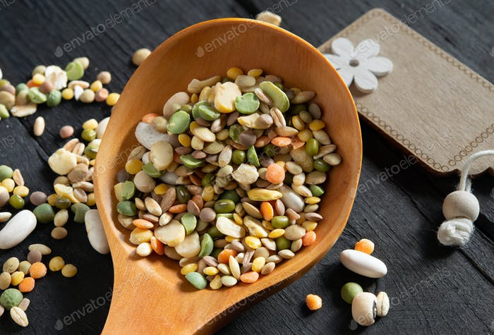 Uncooked soup of various colored mixed legumes
