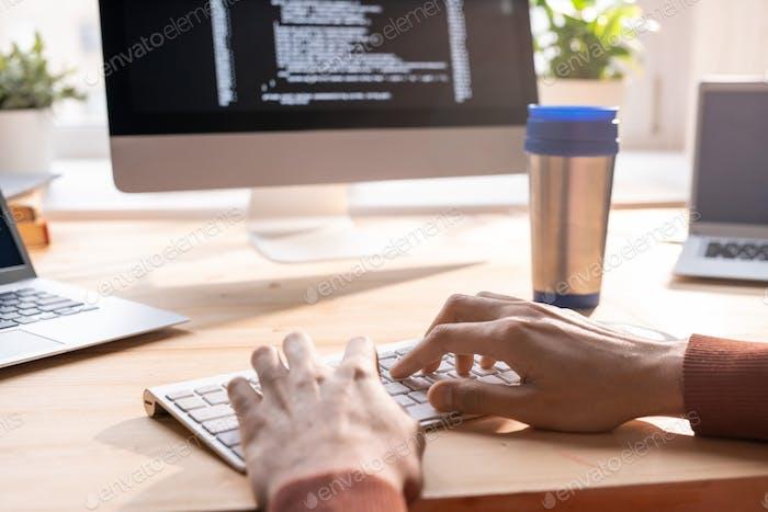Composing computer code