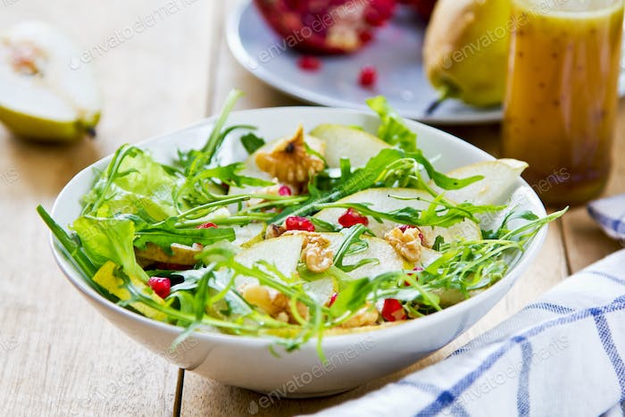 Pear with Pommegranate and Rocket salad