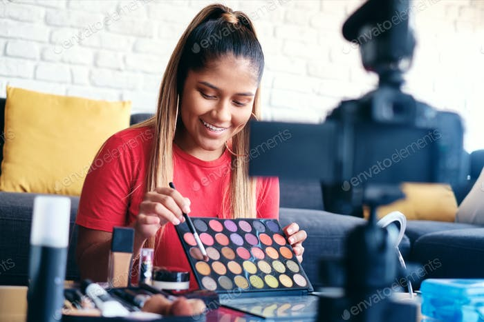 vlog make up artist