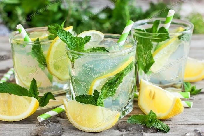 Chilled mint lemonade