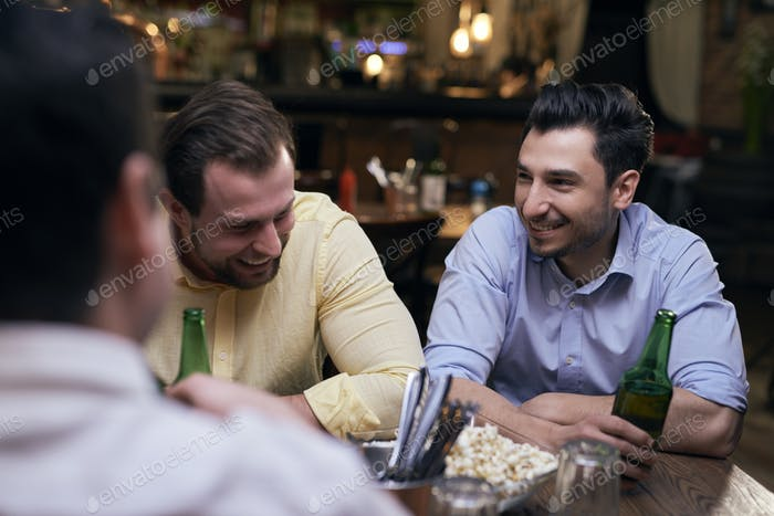 Meeting with the best friends in the pub