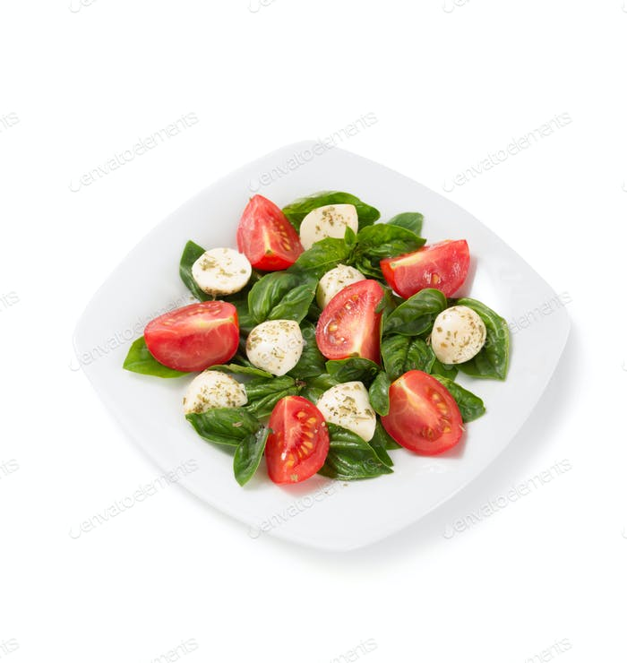 Basilikum, Mozzarella und Tomatensalat