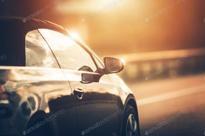 Gros plan de conduite sur la route
