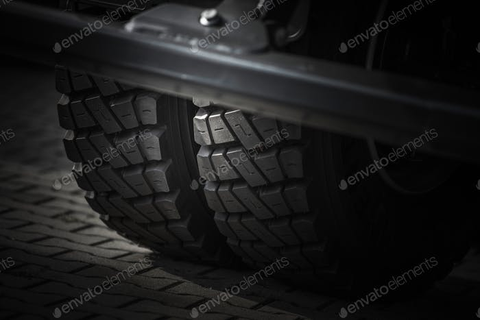 Heavy Duty Truck Tires