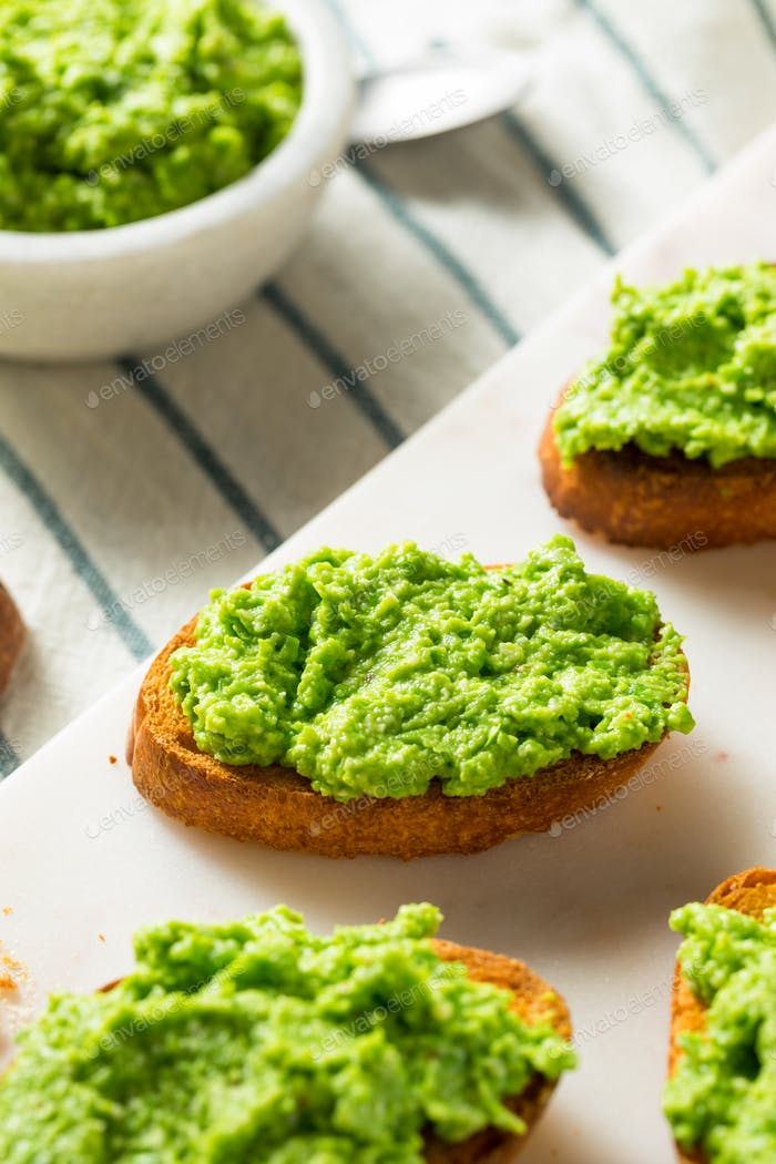 Sweet Homemade Pea Pesto Crostinis