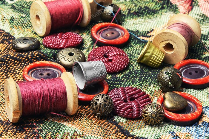 sewing kit of thread,buttons and needles