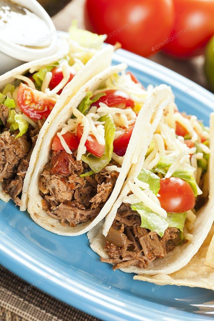 Frische hausgemachte Shredded Rindfleisch Tacos