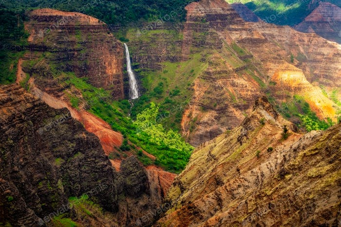 Landscape view of Waipoo waterfall in Waimea canyon, Kauai, Hawaii