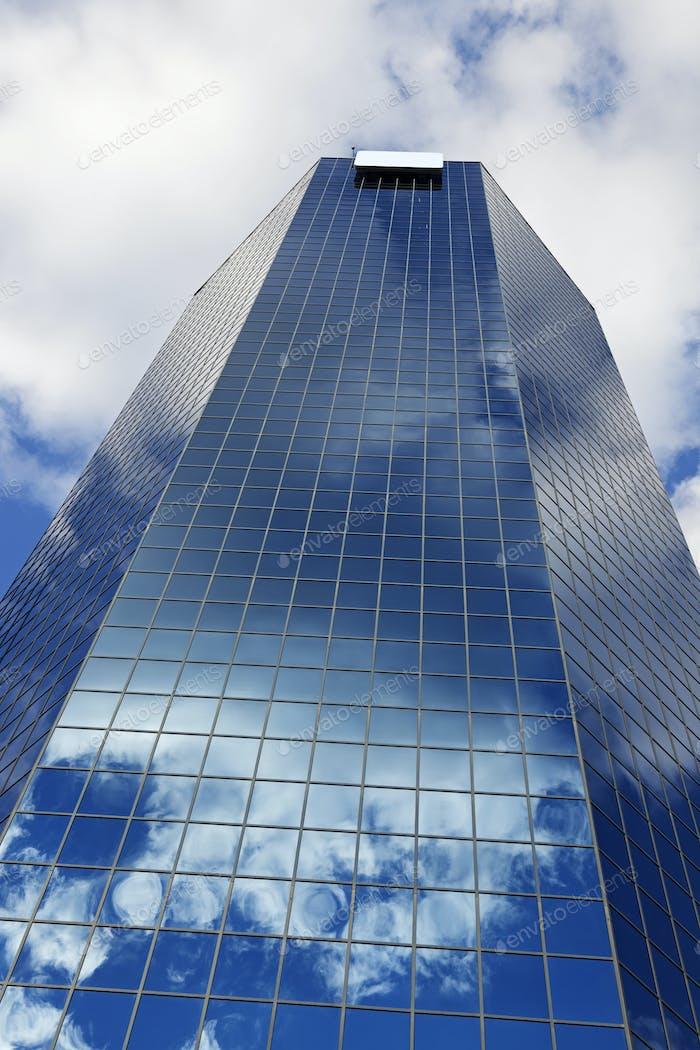 Blue skyscraper in Lexington