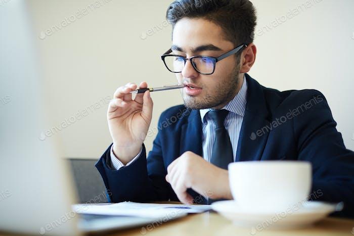 Financier at work