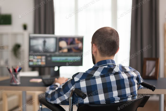 Trabajando en el montaje de Vídeo