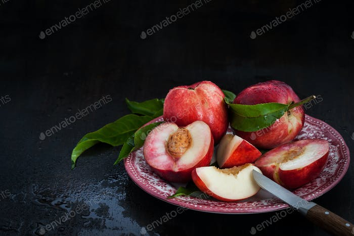 Plate of fresh nectarines