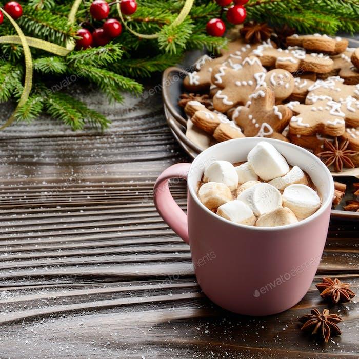 Weihnachten Hintergrund rosa Tasse mit heißer Schokolade und Marshmal