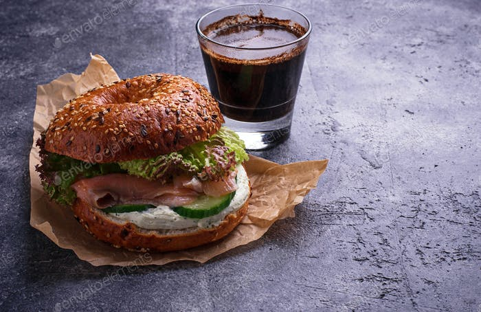 Bagels with salmon, cream cheese and lettuce