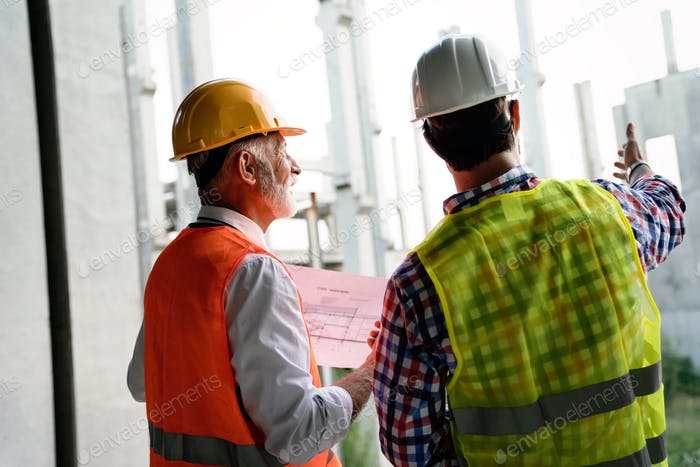 Architekt und Bauingenieur oder Vermessungsleiter Diskussionspläne und Baupläne