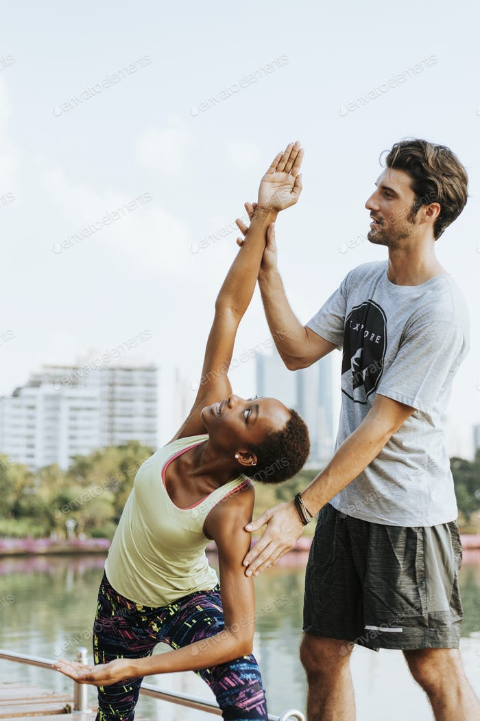 Urban couple exercise together